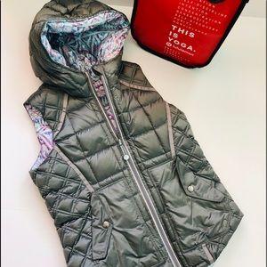 LULULEMON IVIVA Reversible Zip Puffer Vest